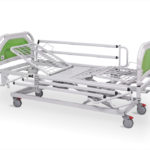 łóżko rehabilitacyjne szpitalne elektryczne A-6-3S/T z barierkami bocznymi