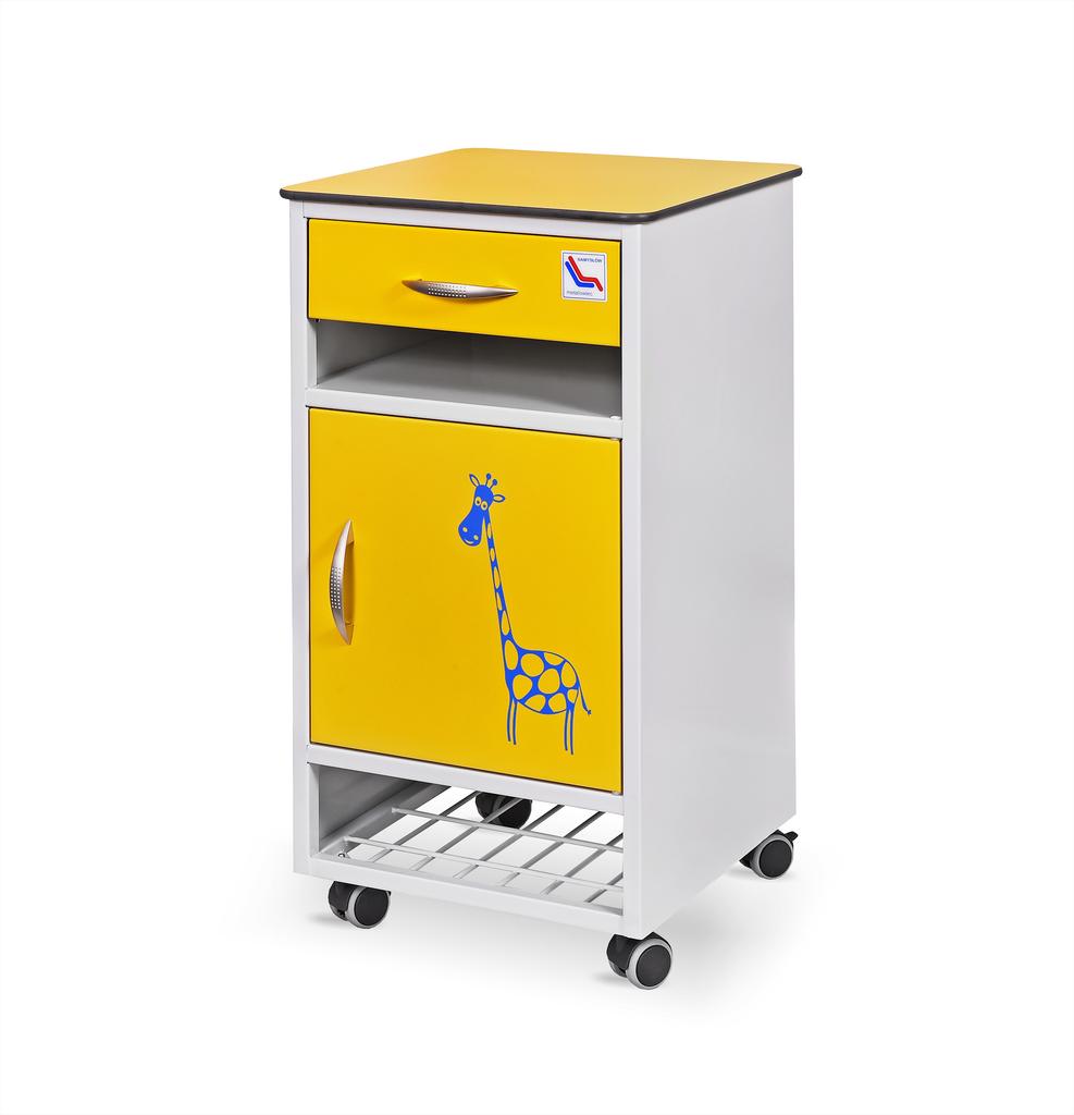 Szpitalna szafka przyłóżkowa metalowa z półką na buty SM-01