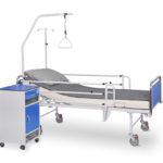 Łóżko rehabilitacyjne szpitalne A-4 z wyposażeniem i szafka szpitalna przyłóżkowa SM-01